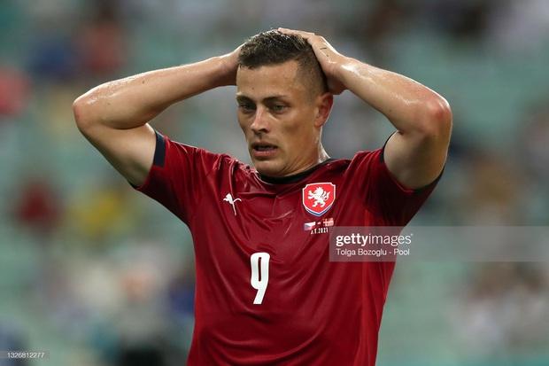 Đánh bại CH Séc, các đồng đội của Eriksen vào bán kết Euro 2020 - Ảnh 10.