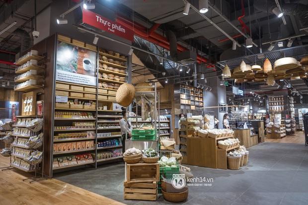 MUJI đặt nhà máy sản xuất ở Việt Nam, đảm bảo giá mua tại store rẻ hơn xách tay, không lo ngại khi store sát cạnh UNIQLO - Ảnh 7.