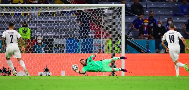 HLV Mancini: Ý xứng đáng thắng Bỉ, chúng tôi chi phối họ trong gần như cả trận đấu - Ảnh 2.