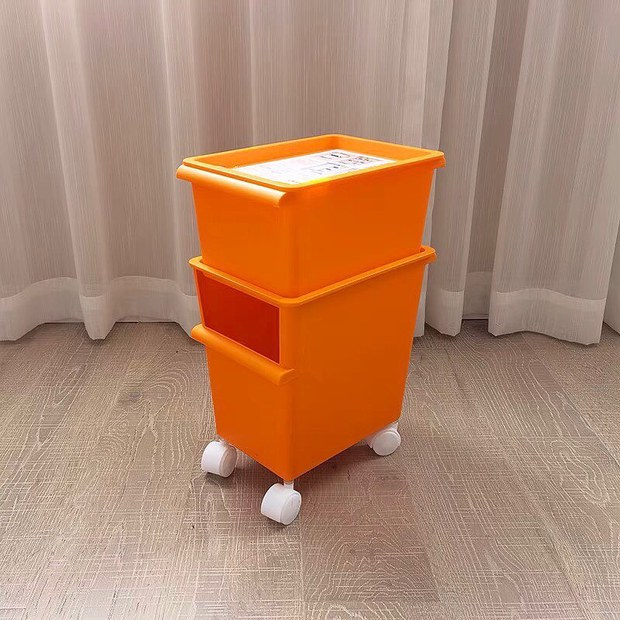 Loạt kệ đựng đồ cực xinh có bánh xe dễ di chuyển, sắm về nhà cửa đảm bảo đẹp gọn hơn nhiều - Ảnh 1.