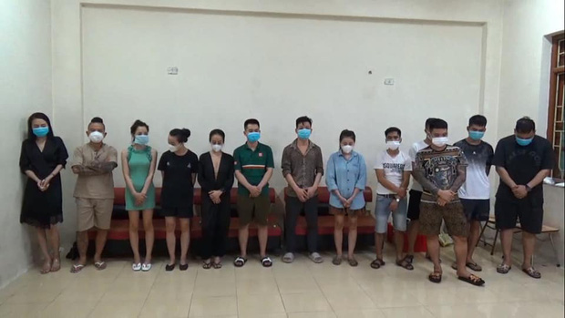 Thánh chửi Dương Minh Tuyền bị bắt tại Ninh Bình khi sử dụng ma tuý, bay lắc trong quán karaoke - Ảnh 2.