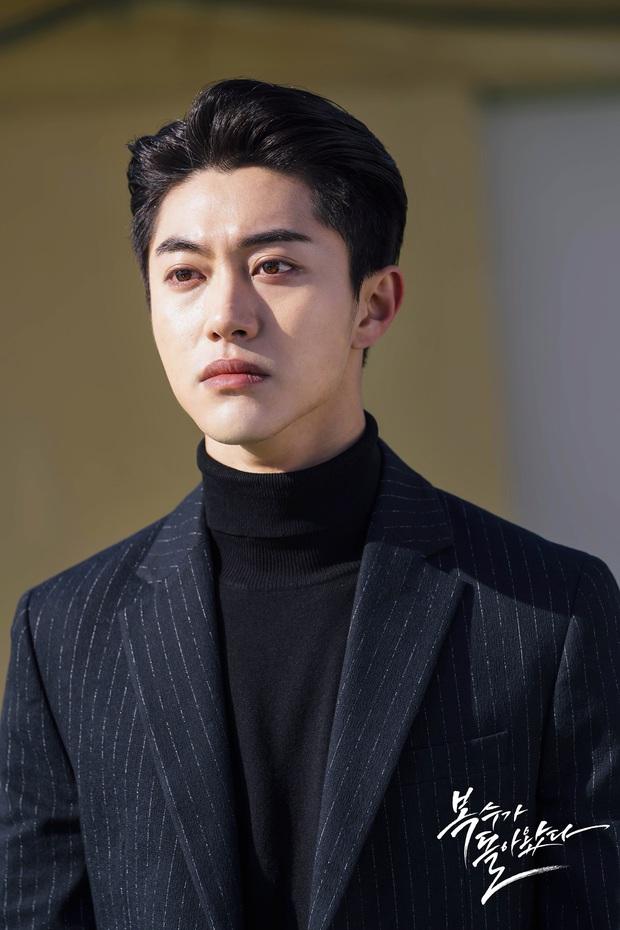 Trời ơi showbiz có ai được như Yoona: Sắp được cặp với 7 tài tử hạng A cực phẩm, Hyun Bin và Lee Dong Wook chưa phải hot nhất - Ảnh 15.