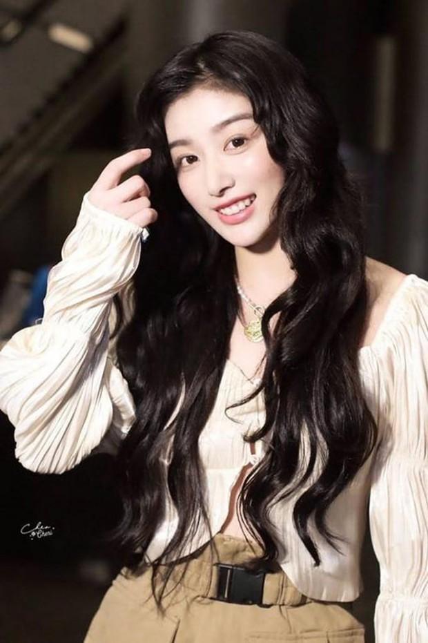 Không thể nhận ra mỹ nhân hàng đầu Thanh Xuân Có Bạn 2: Gương mặt khác lạ, đến fan cũng phải ngỡ ngàng - Ảnh 5.