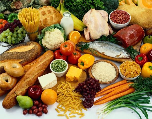Chị em mách nhau 4 tips mua sắm thực phẩm mùa dịch: Riêng tip chọn rau củ, đồ khô cực hay bỏ qua thì phí - Ảnh 3.