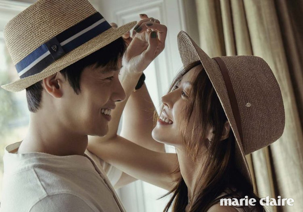 Đi đường bỗng thấy ảnh bà xã Kim So Yeon trên poster Penthouse, tài tử Lee Sang Woo làm gì mà bị gắn mác nghiện vợ thế này? - Ảnh 4.