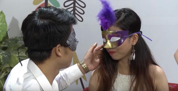Để trai lạ sờ soạng, hôn vồ vập trên show hẹn hò, nữ vũ công Việt bị cha ruột từ mặt! - Ảnh 5.