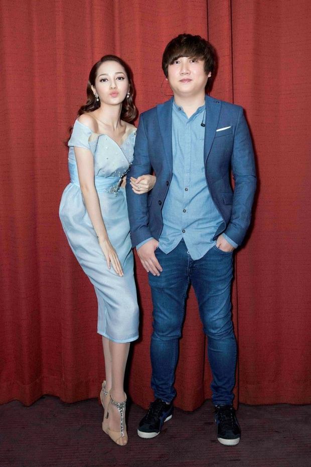 Mr. Siro để lộ thân hình gầy đến báo động, gương mặt hốc hác thấy rõ, netizen lo lắng giục tăng cân - Ảnh 8.