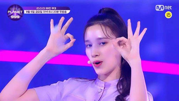 Mỹ nữ lai giữa 2 thành viên TWICE nổi bật hẳn giữa 99 cô gái trong show thực tế mới của Mnet - Ảnh 7.