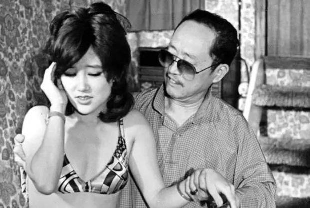 Nữ diễn viên bị bạn thân lập mưu cưỡng hiếp tập thể vì 1 món đồ hiệu, bị lừa đóng phim sex và giờ thành thảm hoạ dao kéo ở tuổi 71 - Ảnh 5.