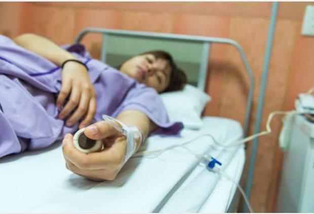 Cô gái trẻ mắc ung thư cổ tử cung khi mới 22 tuổi, bác sĩ chỉ ra nguyên nhân khiến ai nấy đều nghẹn ngào - Ảnh 2.