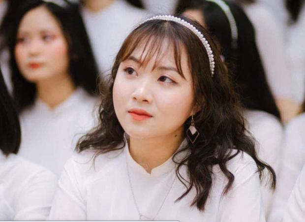 THPT chuyên Phan Bội Châu trong 1 năm học: Thành tích chất cao như núi, có cả Thủ khoa lẫn HSG Quốc tế, cựu học sinh toàn tên tuổi khủng - Ảnh 6.
