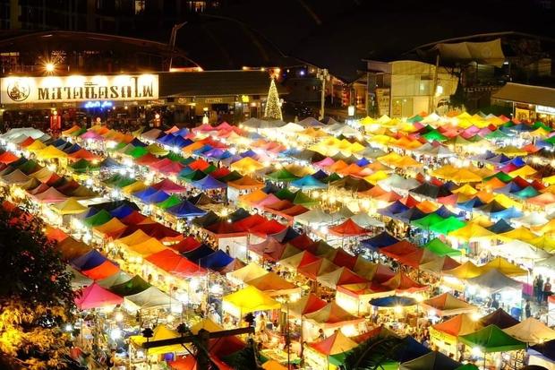 Rộ tin Chợ Đêm Xe Lửa nổi tiếng nhất nhì Thái Lan sẽ đóng cửa vĩnh viễn, tiểu thương kiệt quệ vì mất miếng cơm manh áo - Ảnh 4.