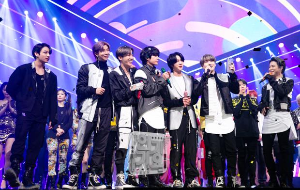 SUGA (BTS) tiết lộ idol chẳng được đồng nào khi đi show âm nhạc, Knet tranh cãi: Đi để quảng bá nhạc hay vì tiền? - Ảnh 4.