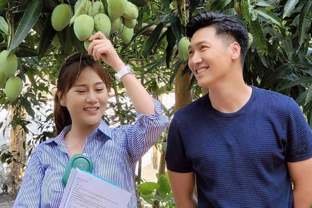 Sự thật phũ phàng đằng sau cảnh hẹn hò lãng mạn của Long và Nam ở Hương Vị Tình Thân: Hoá ra chỉ là cú lừa? - Ảnh 4.