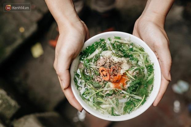 """""""Cuộc chiến"""" gây tranh cãi nhất cõi mạng hiện nay: Phở hay cơm tấm mới xứng đáng là món ăn đại diện Việt Nam? - Ảnh 3."""