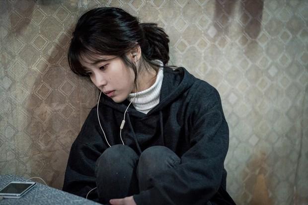 V (BTS), IU và các idol từng bị lừa đảo, bóc lột trước khi debut, giờ nhìn vào thành công khiến ai cũng ghen tị! - Ảnh 5.