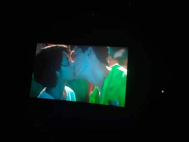 Phim tình củm của Ngô Lỗi - Trương Tử Phong ẵm 184 tỷ thổi bay phòng vé, fan nghi anh chị yêu nhau thật mà giấu - Ảnh 7.