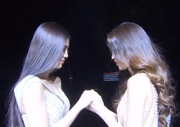 Tranh cãi phát ngôn của Kim Duyên khi nắm tay Khánh Vân tại chung kết Miss Universe 2019: Em kể một đằng, chị thuật lại 1 nẻo? - Ảnh 2.