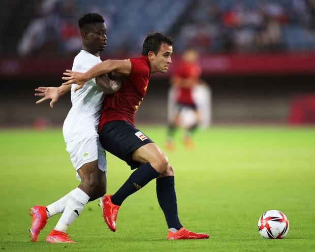 Hậu vệ Bờ Biển Ngà phá game, giúp Tây Ban Nha trở về từ cõi chết, ngược dòng giành vé vào bán kết Olympic - Ảnh 8.