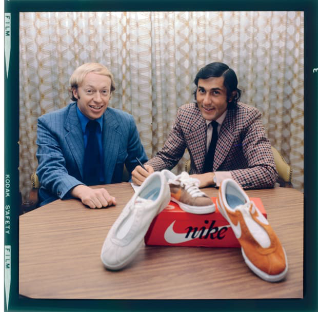 """""""Cha đẻ"""" Nike: Từ gã nghiện giày đi bán rong đến chủ nhân đế chế tỷ đô và câu nói """"con không bao giờ đi giày bố bán"""" chưa từng nguôi nhói đau - Ảnh 4."""