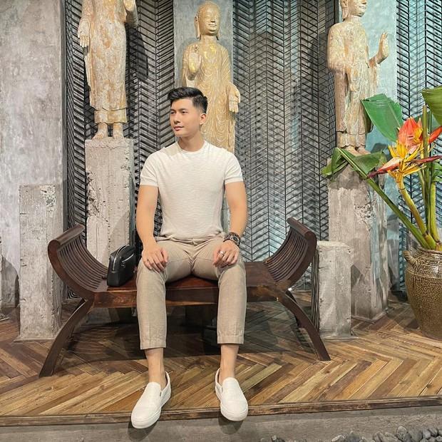 """Lâm Bảo Châu diện áo dài chỉnh tề ẩn ý đợi """"mợ"""" Lệ Quyên, netizen nhận xét thẳng: """"Trông anh già đi nhiều quá"""" - Ảnh 7."""