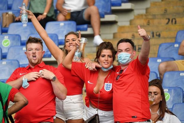 Tuyển Anh nghiền nát Ukraine, vào bán kết Euro 2020 - Ảnh 18.