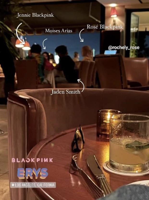 Hot rần rần ảnh Rosé - Jennie (BLACKPINK) hẹn hò cùng Jaden Smith và tài tử Hannah Montana, còn có màn make up cả nhóm cực lầy - Ảnh 2.