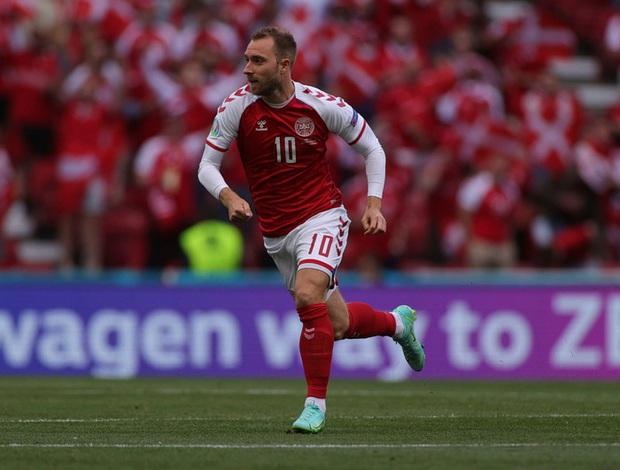 Hình ảnh đầu tiên của Christian Eriksen sau khi ra viện từ sự cố ngừng tim tại Euro 2020 - Ảnh 2.