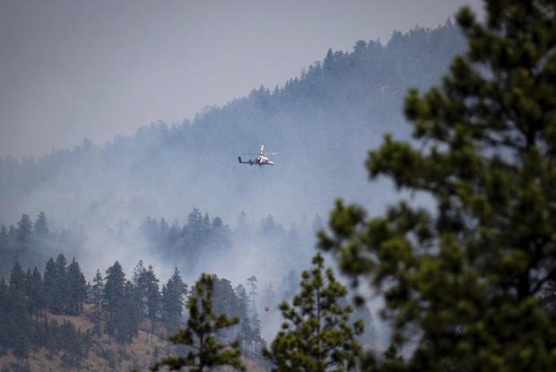 12.000 vụ sét đánh gây ra hơn 130 trận cháy rừng tại Canada - Ảnh 2.