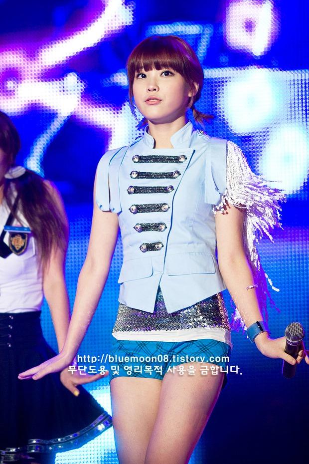 Hội idol gen 2 năm 16 tuổi: Ai cũng từng có thời làm baby cute, có người khác hẳn so với bây giờ - Ảnh 2.