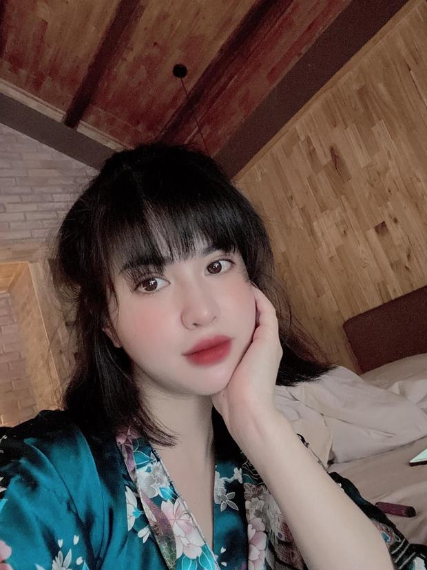Giữa lúc Việt Anh thừa nhận đang nợ nần, vợ cũ đăng status ẩn ý chuyện chờ người xứng đáng - Ảnh 3.