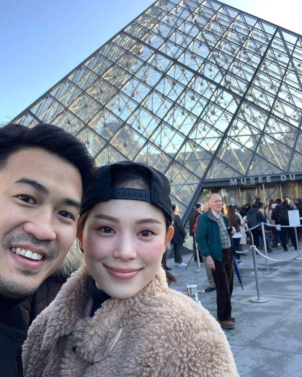 Con trai tỷ phú Johnathan Hạnh Nguyễn hẹn countdown 2022 ở Úc với bạn gái: Ủa? Mới nửa năm 2021 mà anh! - Ảnh 1.