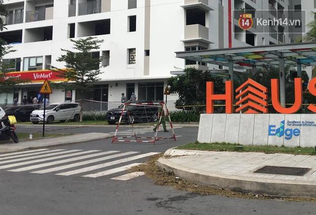 TP.HCM: Phong tỏa 3 chung cư ở TP. Thủ Đức, tìm người từng đến lấy mẫu xét nghiệm cộng đồng - Ảnh 2.