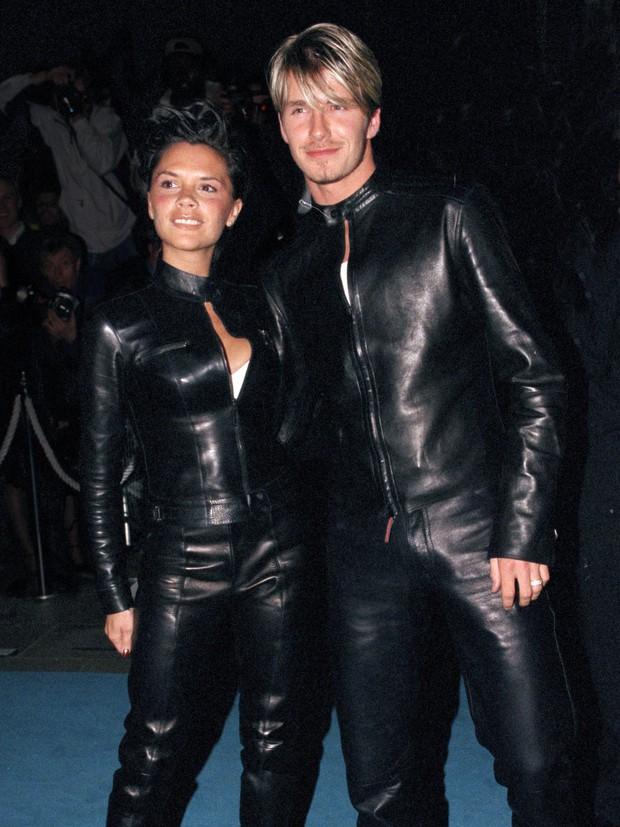 Bài đăng nửa triệu like gói gọn chuyện tình 22 năm của Victoria - David Beckham: 1001 phốt ngoại tình và cái nắm tay vượt mọi giông tố - Ảnh 5.