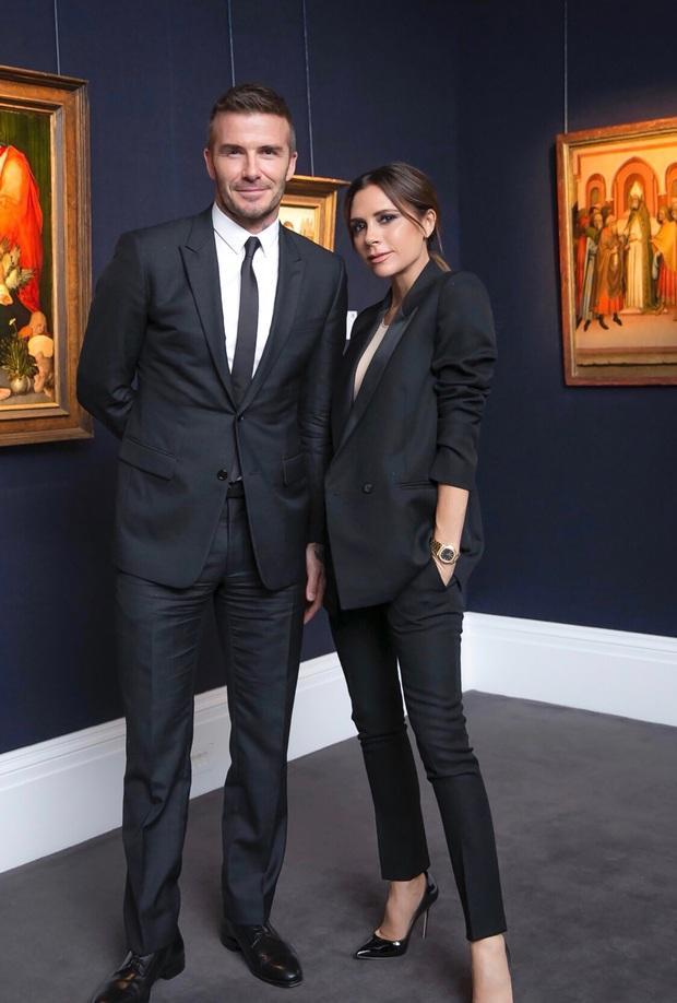 Bài đăng nửa triệu like gói gọn chuyện tình 22 năm của Victoria - David Beckham: 1001 phốt ngoại tình và cái nắm tay vượt mọi giông tố - Ảnh 8.