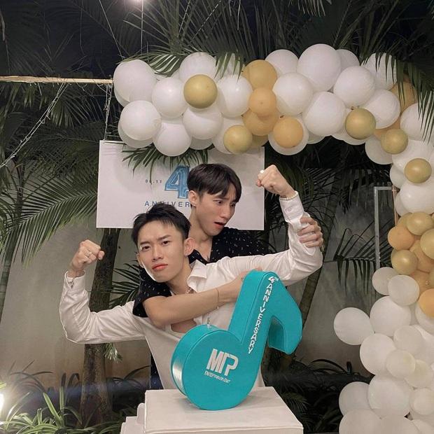 Kay Trần đăng ảnh camera thường không chỉnh sửa mừng sinh nhật Sơn Tùng, thẳng thừng chốt câu nhan sắc chán quá - Ảnh 3.