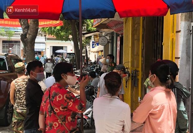 Vụ người đàn ông Hải Dương mất tích hơn 7 tháng, xe ô tô tìm thấy tại Hà Nội: Công an 2 lần khám nghiệm căn nhà nơi người này đến đòi nợ - Ảnh 4.