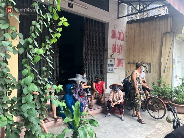 Vụ người đàn ông Hải Dương mất tích hơn 7 tháng, xe ô tô tìm thấy tại Hà Nội: Công an 2 lần khám nghiệm căn nhà nơi người này đến đòi nợ - Ảnh 7.