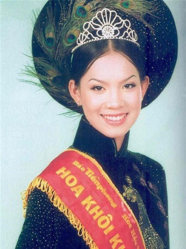 Cô tiếp viên hàng không Vietnam Airlines có hình ảnh phủ sóng ở mọi sân bay từ Bắc tới Nam một thời, giờ ra sao?  - Ảnh 4.