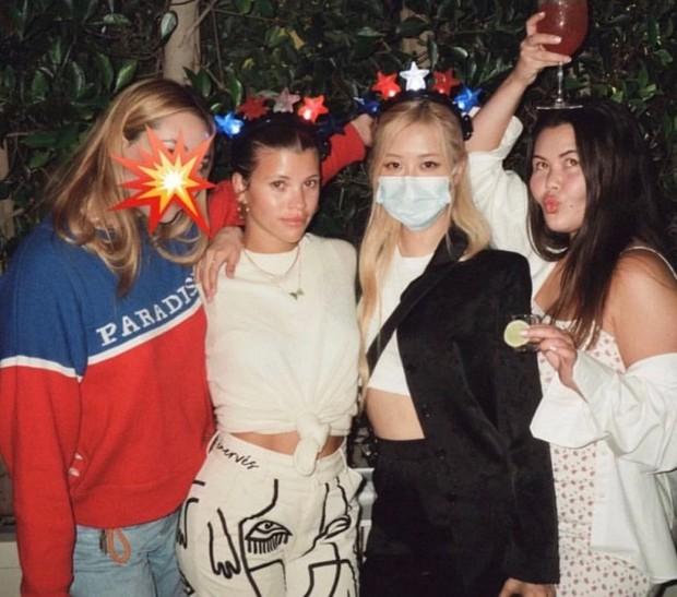 Rosé tiệc tùng với bồ cũ Justin Bieber, netizen ngỡ ngàng vì dàn sao đình đám thân với BLACKPINK ở Hollywood - Ảnh 2.