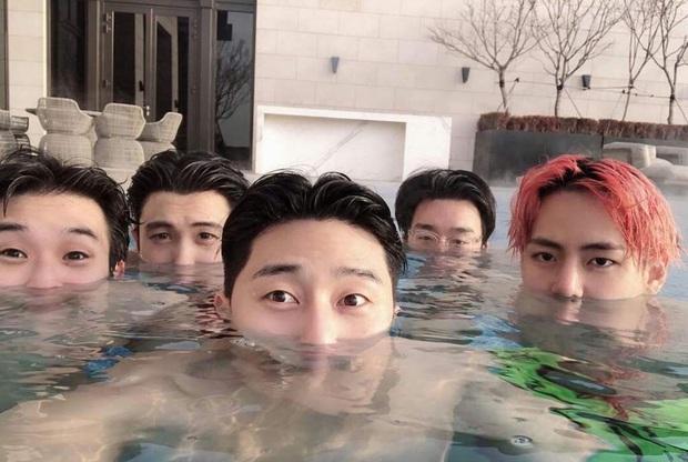 Fanmeeting quy tụ hội bạn nam thần hot nhất xứ Hàn: V (BTS) - Park Seo Joon visual như tạc, át luôn 2 tài tử Parasite và The Heirs - Ảnh 25.