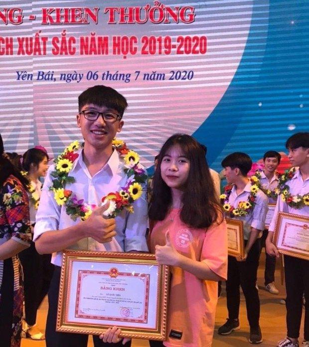 Profile siêu đỉnh của nam sinh duy nhất tỉnh Yên Bái được miễn thi tốt nghiệp, tuyển thẳng đại học: Toàn huy chương quốc tế! - Ảnh 2.
