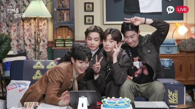 Fanmeeting quy tụ hội bạn nam thần hot nhất xứ Hàn: V (BTS) - Park Seo Joon visual như tạc, át luôn 2 tài tử Parasite và The Heirs - Ảnh 22.