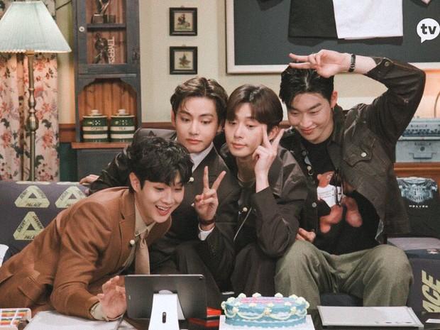 Fanmeeting quy tụ hội bạn nam thần hot nhất xứ Hàn: V (BTS) - Park Seo Joon visual như tạc, át luôn 2 tài tử Parasite và The Heirs - Ảnh 23.