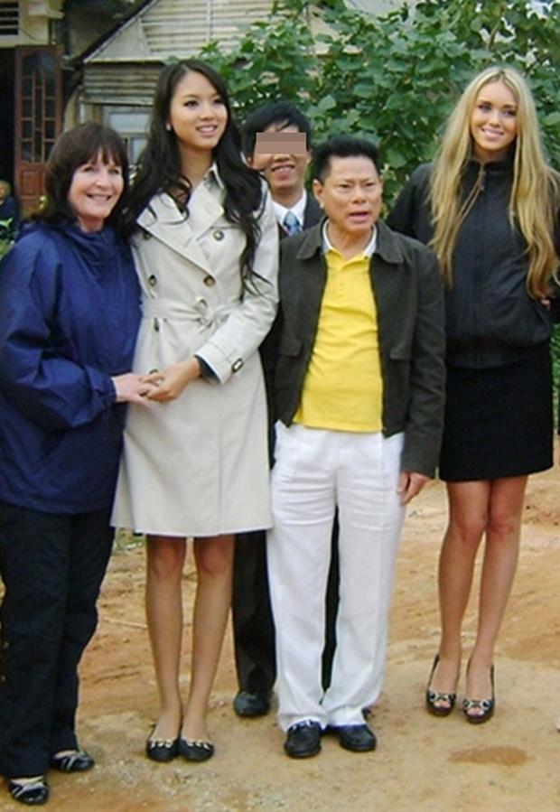 3 mỹ nhân vướng drama tình ái với tỷ phú Hoàng Kiều: Ngọc Trinh sang chảnh nhưng vẫn chưa bất ngờ bằng cuộc sống của 1 Hoa hậu thế giới! - Ảnh 18.
