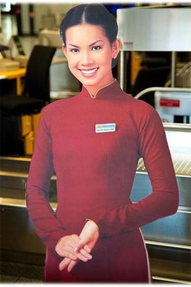 Cô tiếp viên hàng không Vietnam Airlines có hình ảnh phủ sóng ở mọi sân bay từ Bắc tới Nam một thời, giờ ra sao?  - Ảnh 1.