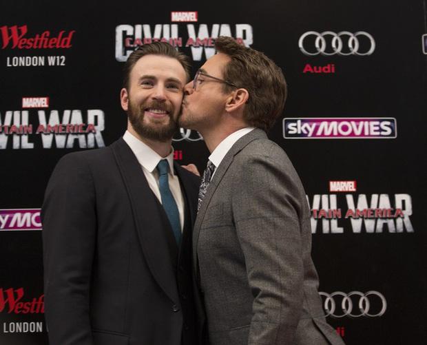 Iron Man Robert Downey bất ngờ unfollow Chris Evans và cả dàn sao Marvel sau 10 năm gắn bó, chuyện gì đây? - Ảnh 3.