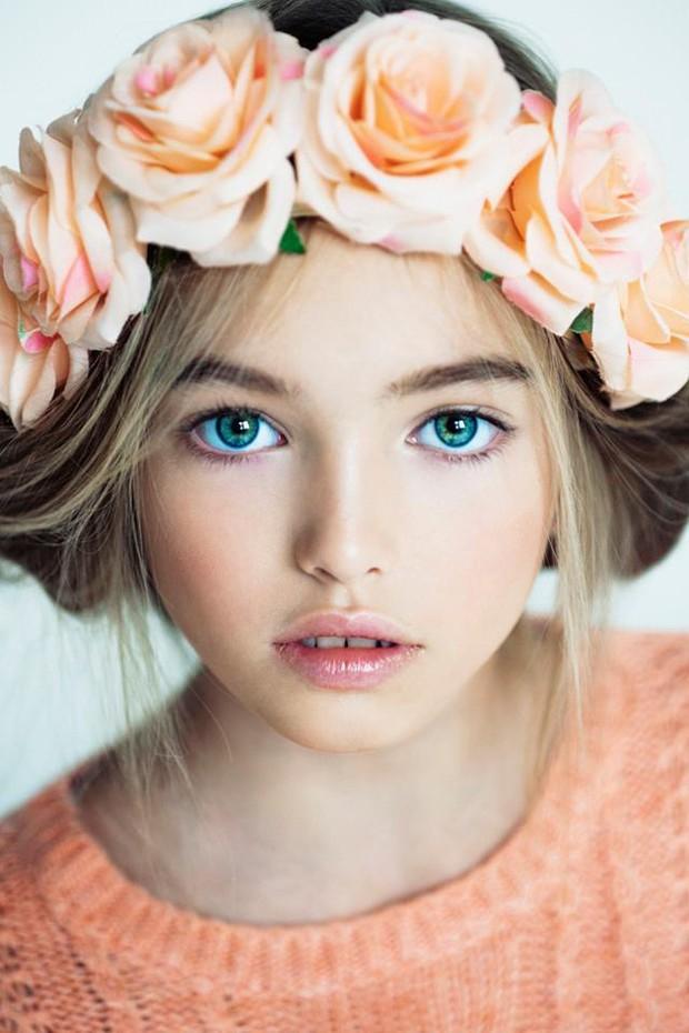 """Từng được gọi là """"thiên thần đẹp nhất thế giới"""", mẫu nhí Nga đình đám ngày bé có còn giữ vẻ đẹp cổ tích ở tuổi thiếu nữ? - Ảnh 1."""