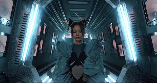 Kết hợp cùng nam thần rapper Thái Lan, Suboi tung teaser thế giới Liên Quân Mobile trong tương lai cực cháy - Ảnh 2.