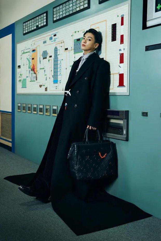 MXH toàn cầu sốc visual vì BTS tại show Louis Vuitton: Jungkook đẹp tê điếng, hot hơn cả là màn lột xác của thành viên giàu nhất nhóm - Ảnh 7.